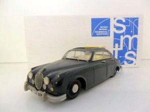 【送料無料】模型車 モデルカー スポーツカージャガーsmts 143 cl20 jaguar mkii road blue