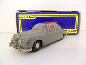 【送料無料】模型車 モデルカー スポーツカージャガーシルバーグレーsmts 143 cl20 jaguar mkii road silver grey