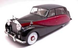 【送料無料】模型車 モデルカー スポーツカーブラックロールスロイスシルバーダーク