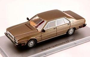 【送料無料】模型車 モデルカー スポーツカーモデルマセラティマセラティクアトロポルテコロラドブラウンjm 2138357 kess model maserati quattroporte ks43014012 49 1983 colorado brown m