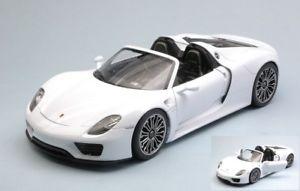 【送料無料】模型車 モデルカー スポーツカーjm 2189475wellywe18051cwポルシェ918 spyderホワイト118モデルjm 2189475 welly we18051cw porsche 918 spyder white 118 model