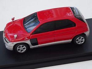 【送料無料】模型車 モデルカー スポーツカーモデルアルファロメオコンセプトchestnut models 143 alfa romeo sportut bertone concept 1999