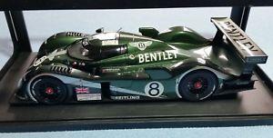 【送料無料】模型車 モデルカー スポーツカーベントレースピードルマンブランデルブラバムハーバートautoart 118 bentley speed 8 lemans 2003 n0 8 blundell brabham herbert