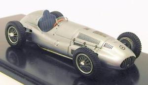 【送料無料】模型車 モデルカー スポーツカースパークスケールモデルカーメルセデスベンツシルバーspark 143 scale model car b6 604 0440 1939 mercedes benz w 165 silver