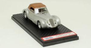 【送料無料】模型車 モデルカー スポーツカーアルファロメオカブリオレツーリングalfa romeo 6c 2500 ss cabriolet touring 1939