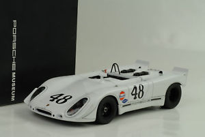 【送料無料】模型車 モデルカー スポーツカーポルシェ#セブリングスティーブマックィーン1970 porsche 90802 48 sebring steve mcqueen 118 autoart museum