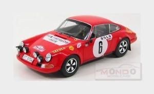 【送料無料】模型車 モデルカー スポーツカーポルシェ#ラリーモンテカルロヘルマースパークporsche 911s 6 winner rally montecarlo 1970 waldegaard helmer spark 118 18s029