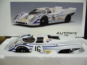 【送料無料】模型車 モデルカー スポーツカーポルシェ#セブリングporsche 917 k 16 12h sebring 1970 elford ahrens autoart aa 118