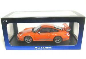 【送料無料】模型車 モデルカー スポーツカーポルシェグアテマラルピーオレンジporsche 911 997 gt3 rs 40 orange 2011