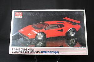 【送料無料】模型車 モデルカー スポーツカーアカデミーモデルカーランボルギーニxj072 academy 124 model car 1533 lamborghini countach lp500s motorized