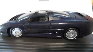 【送料無料】模型車 モデルカー スポーツカージャガーミニチュアjaguar xj 220miniature 112