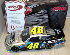 【送料無料】模型車 モデルカー スポーツカーアクション#ジミージョンソンエリートシリアル#124 2011 action rcca 48 lowes jimmie johnson foundation elite serial 2