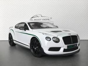 【送料無料】模型車 モデルカー スポーツカーリアルタイムベントレーコンチネンタルグアテマラホワイトalmost real 118 bentley continental gt3 r 2015 white 830401