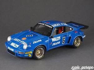 【送料無料】模型車 モデルカー スポーツカースパークポルシェ#クレーメルレースジーンズニュルブルクリンク118 spark porsche 911 rsr 6 kremer racing wallys jeans nrburgring 1974 240054