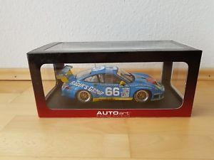 【送料無料】模型車 モデルカー スポーツカーポルシェグアテマラデイトナautoartporsche 911 gt3 rdaytona 24 hrs 2002 118 rare