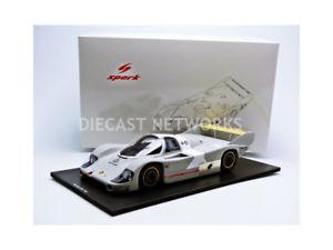 【送料無料】模型車 モデルカー スポーツカースパークポルシェテストspark 118 porsche 956 test 1982 18s125