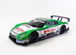 【送料無料】模型車 モデルカー スポーツカーホワイトグリーンebbro 81008 118 dstation advan gtr sgt500 2013 24 resin whitegreen