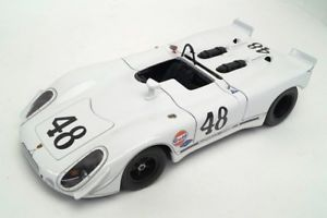 【送料無料】模型車 モデルカー スポーツカーポルシェグリーンパークセブリング#118 autoart 87072 porsche 90802 green park sebring second position 1970 48