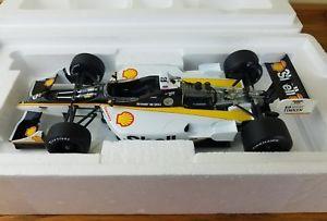 【送料無料】模型車 モデルカー スポーツカーアクションカートレーシングシリーズブライアンヘルタ#シェルスケールカー1999 action cart racing series bryan herta 8 shell 118 scale car collectible