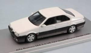 【送料無料】模型車 モデルカー スポーツカーモデルアルファロメオグリーンjm 2141063 kess model ks43000206 alfa romeo 164 30 v6 12v quadrif green 1990 w