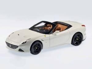 【送料無料】模型車 モデルカー スポーツカーフェラーリカリフォルニアオープンホワイトシグネチャーjm 2139079 bburago bu16904w ferrari california t open 2014 white signature 118