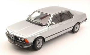 【送料無料】模型車 モデルカー スポーツカースケールシルバーモデルjm2185516kk scale kk180102 bmw 733i e23 1977 silver 118 model