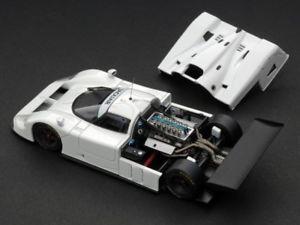 【送料無料】模型車 モデルカー スポーツカーレーシングジャガープレーンカラーホワイトモデルjm2131599hpi racing hpi0995 jaguar xjr 9 plain color white 143 model