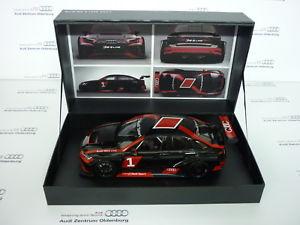 【送料無料】模型車 モデルカー スポーツカーモデルアウディプレゼンテーションオリジナルパッケージ