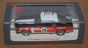 【送料無料】模型車 モデルカー スポーツカージョーンズフォードムスタングトランスspark parnelli jones signed ford mustang trans am 1969 143 resin car
