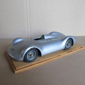 【送料無料】模型車 モデルカー スポーツカーリバイバルオートユニオンレコードrevival 120 auto union typ c 1937 record rosemeyer