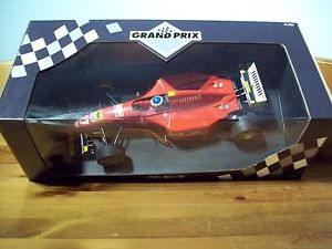 【送料無料】模型車 モデルカー スポーツカーフェラーリジャンアレジ118 ferrari 412 t2 jean alesi 1995