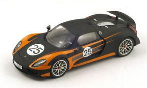 【送料無料】模型車 モデルカー スポーツカーポルシェスパイダースパークモデルporsche 918 spyder n25 weissach 118 spark s18170 model