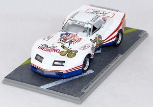 【送料無料】模型車 モデルカー スポーツカーデイトナセブリンググリーンウッドコルベットgreenwood corvette spirits of sebring 1976 daytona 1976 n bz116 143 bizarre