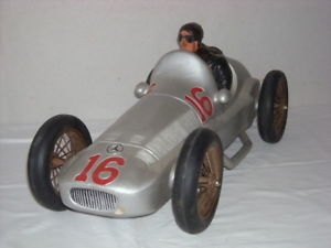 【送料無料】模型車 モデルカー スポーツカーメルセデスシルバーアローヘルマンラングmercedes silver arrow w154 hermann lang hand made
