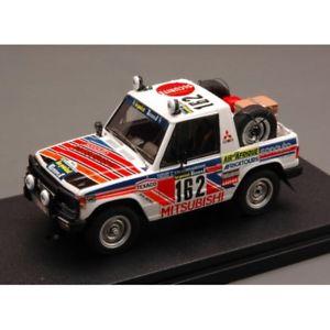 【送料無料】模型車 モデルカー スポーツカーパジェロダカールmitsubishi pajero n162 14th parisdakar 1983 debussydelaval 143 car v
