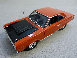 【送料無料】模型車 モデルカー スポーツカープリマスカスタムモデルplymouth hemi bullet custom gtx 1967 naranja limitado acme coche modelo 118