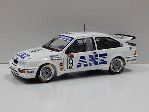 【送料無料】模型車 モデルカー スポーツカーフォードシエラバサーストモファットハンスフォードビアンテ118 ford sierra rs 500 1988 bathurst mathansford amp; niedzwiedz 9 biante