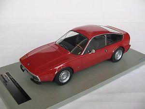 【送料無料】模型車 モデルカー スポーツカースケールアルファロメオジュニアアルファ118 scale tecnomodel alfa romeo 1300 junior zagato 1971 red alphatm1821c