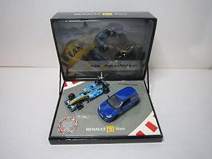 【送料無料】模型車 モデルカー スポーツカーユニバーサルルノーメガーヌヌフdv6868 universal hobbies uh 143 boxed renault megane rs f1 r26 2006 etat neuf