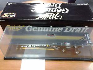 【送料無料】模型車 モデルカー スポーツカーラリーディクソンジュニアミラードラフトアクションルlarry dixon jr 1995 miller genuine draft nhra 124 action nib le very rare