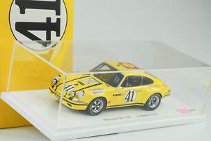 【送料無料】模型車 モデルカー スポーツカースパークルマンポルシェ#ショーケースクラス118 spark 24h le mans porsche 911 st 25 40 with showcase winner class