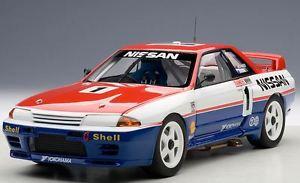 【送料無料】模型車 モデルカー スポーツカースカイライン#リチャードnissan skyline gtr 1 winner bathurst 1991 j richards m skaife 118 autoart