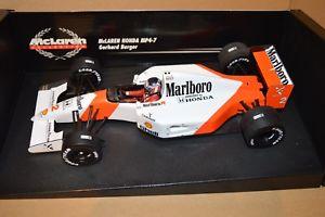 【送料無料】模型車 モデルカー スポーツカーゲルハルトベルガーマクラーレンマルボロ1992 gerhard berger mclaren mp47 marlboro 118