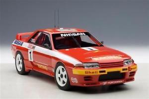 【送料無料】模型車 モデルカー スポーツカースカイラインオーストラリアnissan skyline gtr r32 n1 winner bathurst australian 1992 autoart 118 aa89279