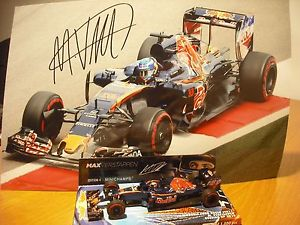 【送料無料】模型車 モデルカー スポーツカートロレースモデルmax verstappen 143 model and signed photo souvenir of his last toro red race