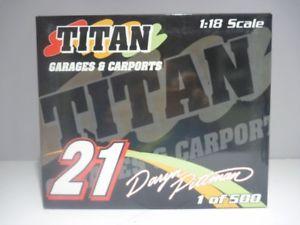 【送料無料】模型車 モデルカー スポーツカースケールタイタンガレージスプリントカー118 scale ramp;r daryn pittman titan garages amp; carports sprint car