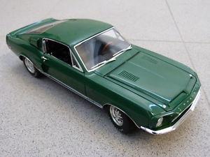 【送料無料】模型車 モデルカー スポーツカーフォードマスタングシェルビーグアテマラグアテマラシリーズモデルford mustang shelby gt gt350 wt7081 green wt series 5 acme car model 1