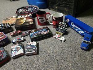 【送料無料】模型車 モデルカー スポーツカーデイルアーンハートジュニアナスカーdale earnhardt sr and jr and other nascar items