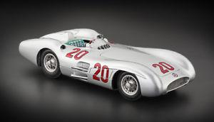 【送料無料】模型車 モデルカー スポーツカーメルセデスベンツ#カールmercedesbenz w196r streamliner 20 karl kling 1954 118 cmc