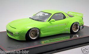 【送料無料】模型車 モデルカー スポーツカーロケットウサギライムグリーンデービス